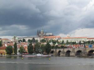 Widok na Hradčany ze Starégo Města w Pradze