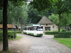 Tramwaj w skansenie w Arnhem w Holandii