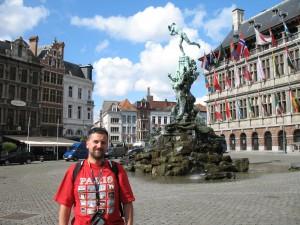 Grote Markt w Antwerpii w Belgii