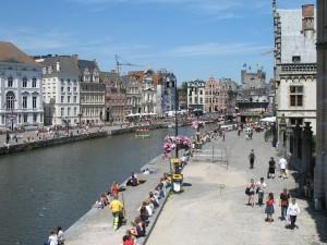 Nad rzeką Leie w Gent w Belgii