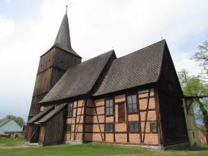 Kościół Nawiedzenia NMP - szachulcowy-drewniano-murowany w Klępsku