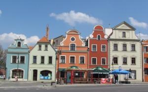 Kamienice na rynku w Żaganiu