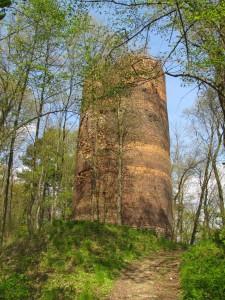 Wieża głodowa, pozostałość zamku w Przewozie