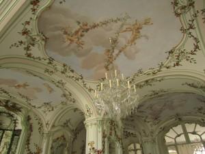 Dekoracje stiukowe w pałacu w Fertőd na Węgrzech