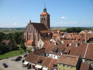 Panorama Reszla z kościołem farnym