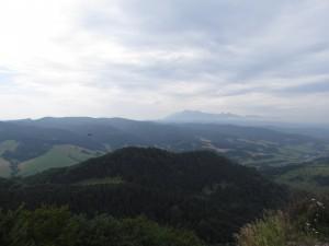 Widok na Tatry z Wysokiej w Pieninach