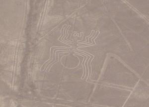 Geoglif pająk podczas lotu nad Płaskowyżem Nasca