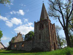 Kościół w miejscowości Płońsko