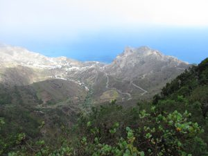 Widok z Mirador del Bailadero na Teneryfie
