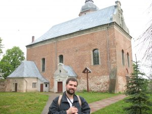 Zamek - kościół w Krajence