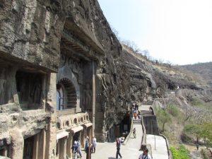 Świątynie w Adjancie