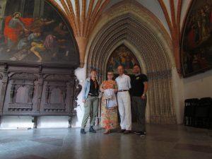 Wraz z rodzicami w klasztorze w Pelpinie