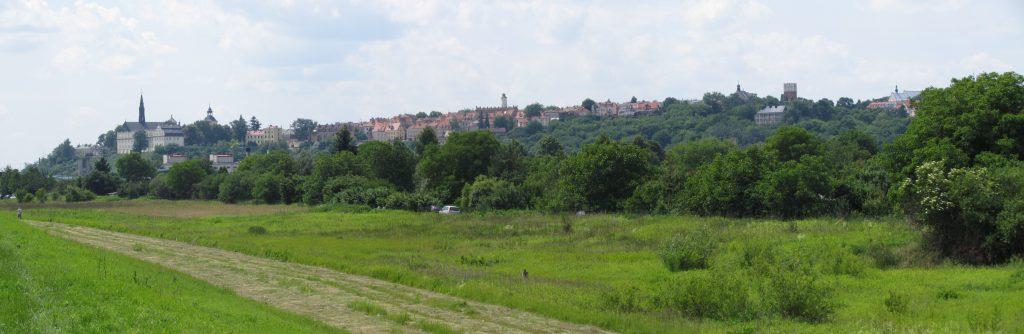 Panorama Sandomierza w drodze w Góry Pieprzowe