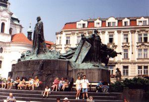 Pomnik na Nowym Rynku w Pradze