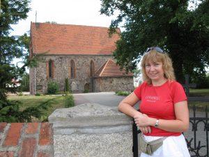 Kościół romański w Marwicach