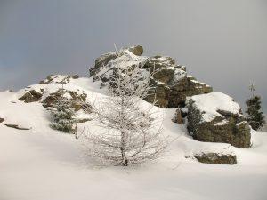 W drodze na Wysoki Kamień w Górach Izerskich