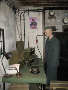 Wewnątrz bunkra Międzyrzeckiego Rejonu Umocnionego - Pniewo