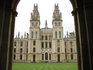 College w Oxford
