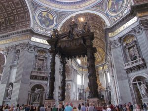 Ołtarz papieski w Bazylice Św. Piotra