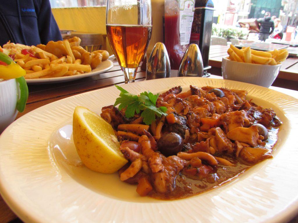 Gulasz z ośmiornic - octopus stew
