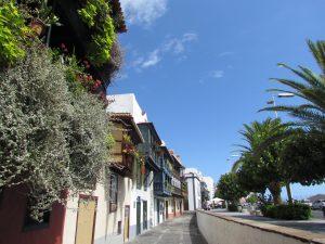 Avenida Maritima w Santa Cruz de la Palma na La Palmie