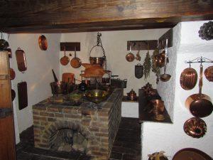 Kuchnia na zamku w Dębnie
