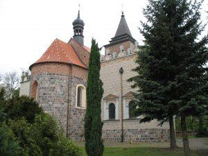 Kościół romański w Kościelcu
