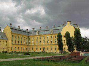 Opactwo benedyktynów w Krzeszowie