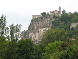 Miasto pod nawisem skalnym - Rocamadour