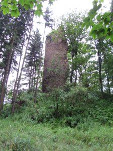 Wieża zamku w Czarnym Borze