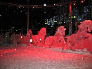 Rzeźby lodowe na Starówce w Olsztynie