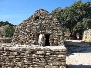 Kamienny dom w Village des Bories