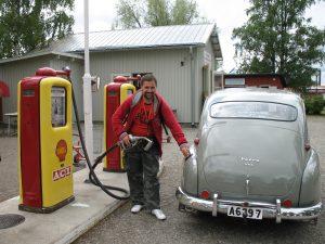 Na stacji Shell z lat 50-tych w skansenie w Östersund w Szwecji