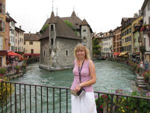 Pałac na wyspie w Annecy