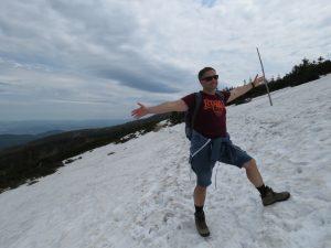 Śnieg na Mokrej Drodze do Schroniska Pod Łabskim Szczytem