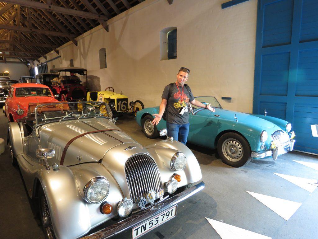 Niewiarygodna wystawa samochodów w Egeskov Slot