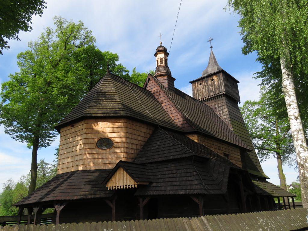 Kościół drewniany w Porębie Wielkiej
