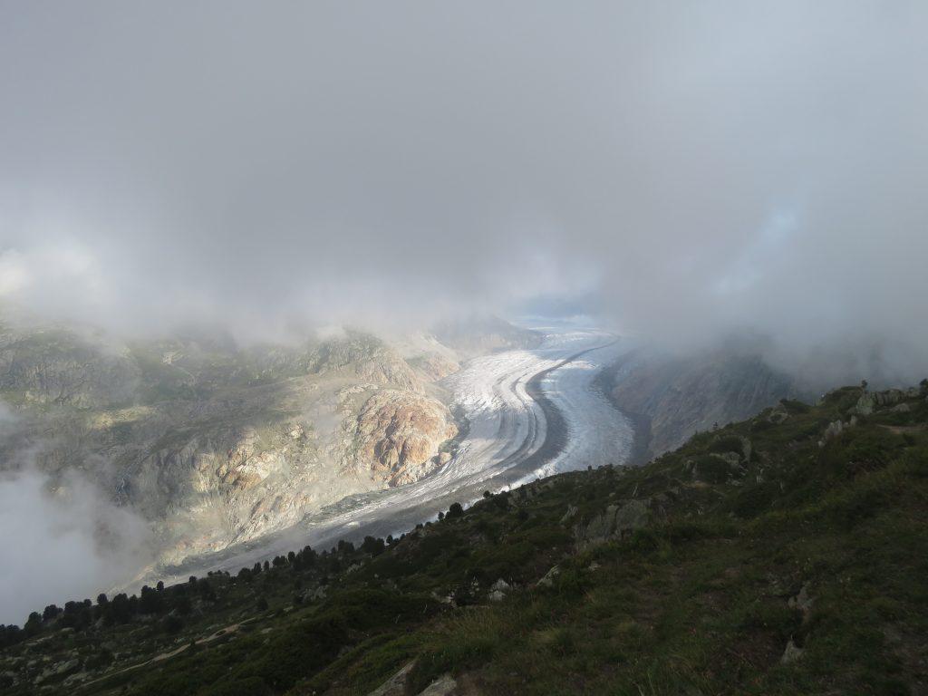 Aletschgletscher z punktu widokowego Moosfluh