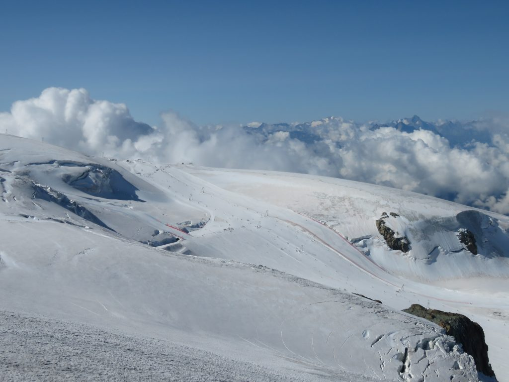 Matterhorn Glacier Paradise, czyli całoroczny ośrodek narciarski ulokowany na lodowcu
